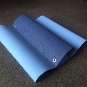 Professional Fitness Double Color TPE Yoga Mats with Hole